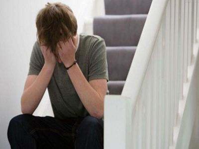 引起青少年白癜风病的因素